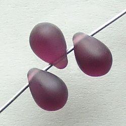 fialové skleněné korálky matné