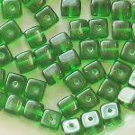 korálky zelené kostičky 25 ks bal