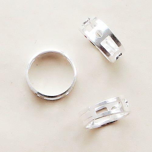 postříbřený komponent prsten