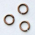spojovací kroužek 4 mm staroměděný