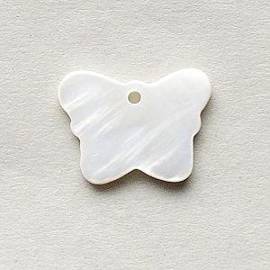 perleť přívěsek motýl