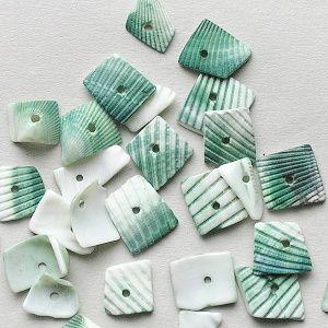 korálky mušle zlomky zelené