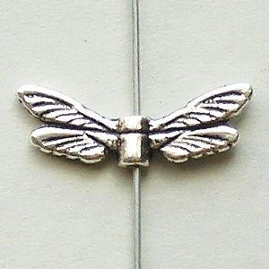 korálky křídla vážky
