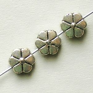 kovové korálky kytičky