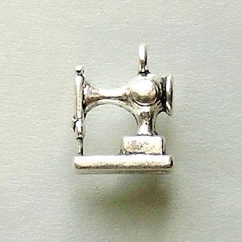 přívěsek šicí stroj