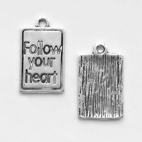 přívěsek follow your heart
