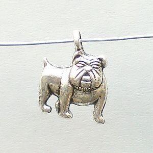 přívěsek buldok pes
