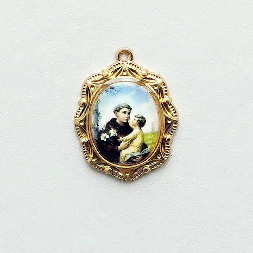oválný medailon sv Antonin pozlaceny