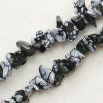 zlomky vločkový obsidián návlek